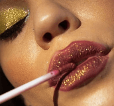 Шик и блеск: учимся создавать макияж с глиттером